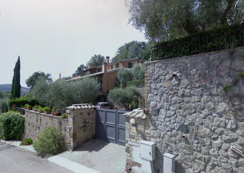 Bilocale Trevignano Romano Via Olivetello 1
