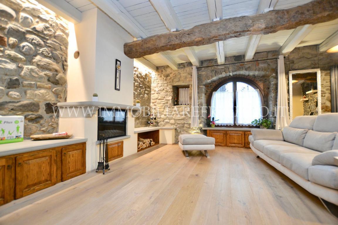 Vendita appartamento Caprino Bergamasco superficie 160m2