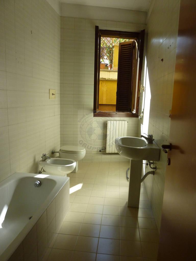 Bilocale Monza Via Bartolomeo Zucchi 29 5