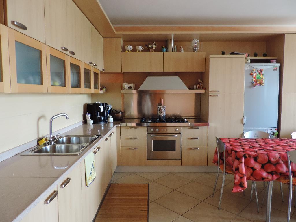 Appartamento in vendita a Cisano Bergamasco, 4 locali, prezzo € 195.000 | Cambio Casa.it