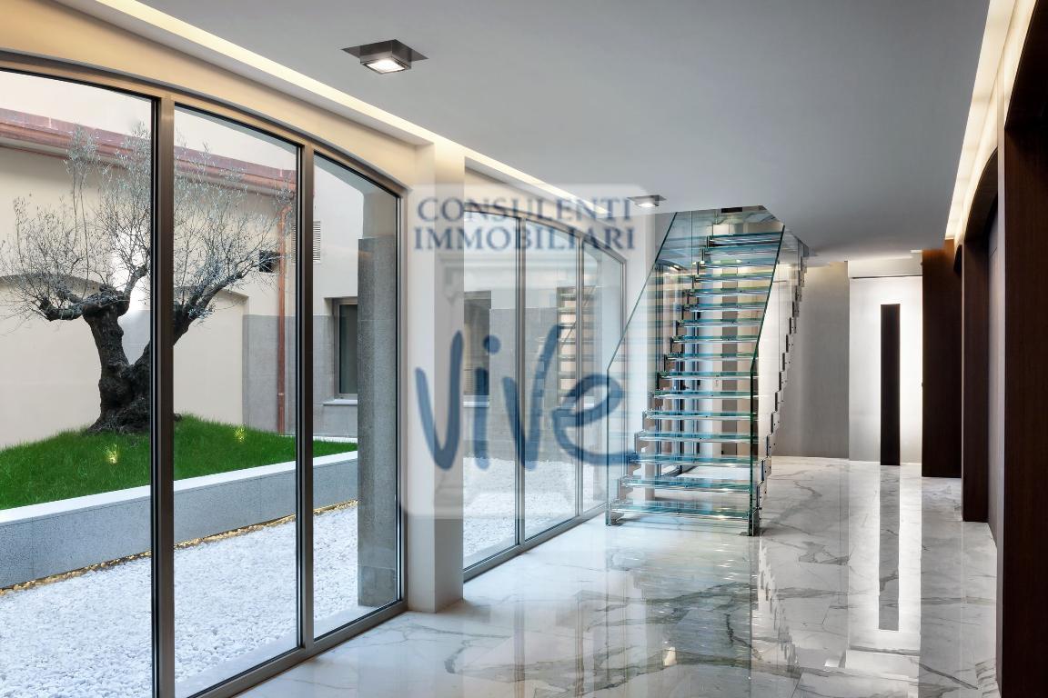 Bilocale Milano Del Bollo Via 6 7