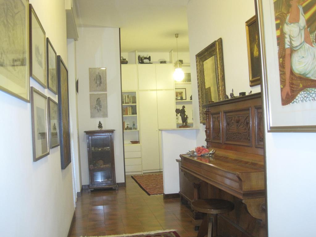 Appartamento in vendita a Casatenovo, 4 locali, prezzo € 165.000 | CambioCasa.it