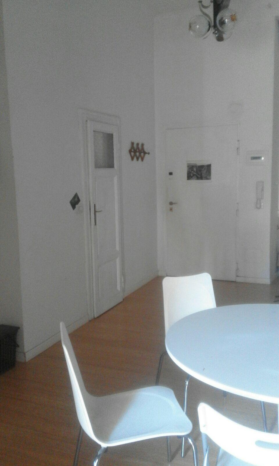 Bilocale Milano Via De Sanctis 3