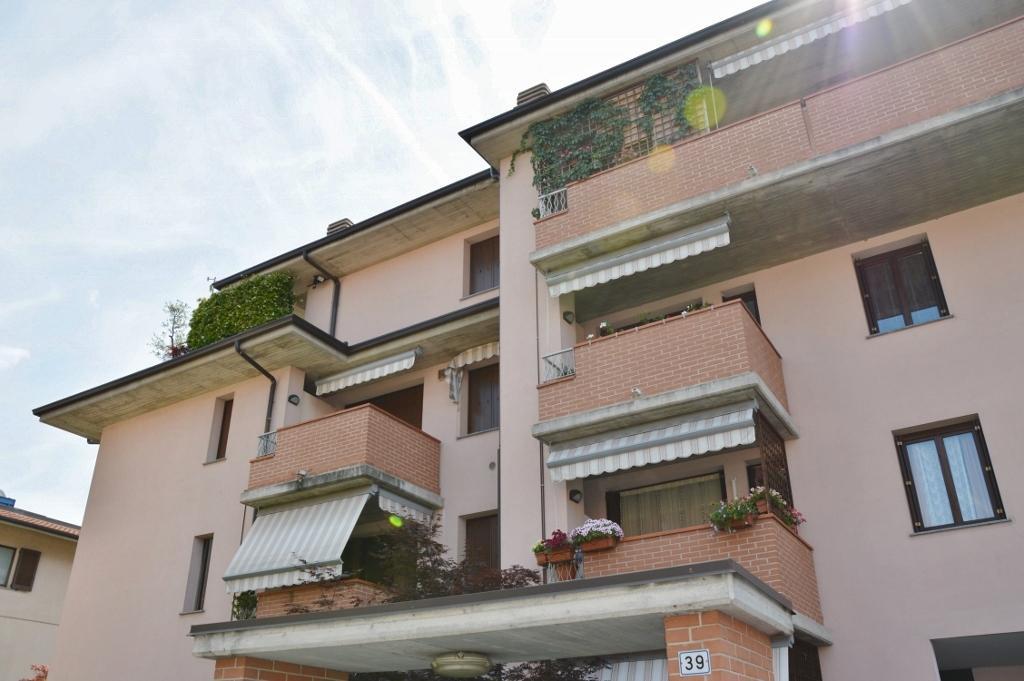 Bilocale Concorezzo Via Cesare Battisti 3