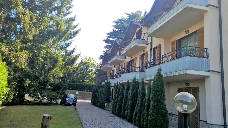 Bilocale Gazzada Schianno Via Varese 2