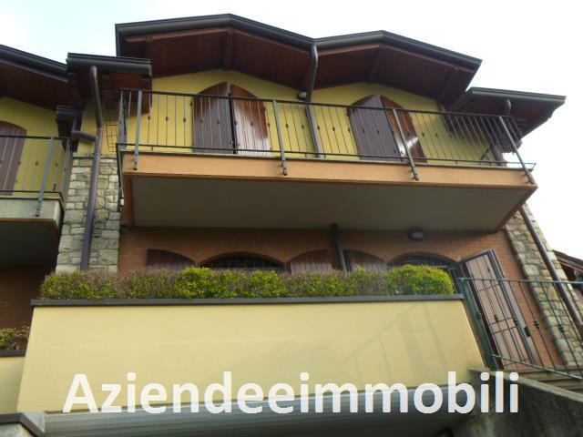 Villa Bifamiliare in Vendita a Calco