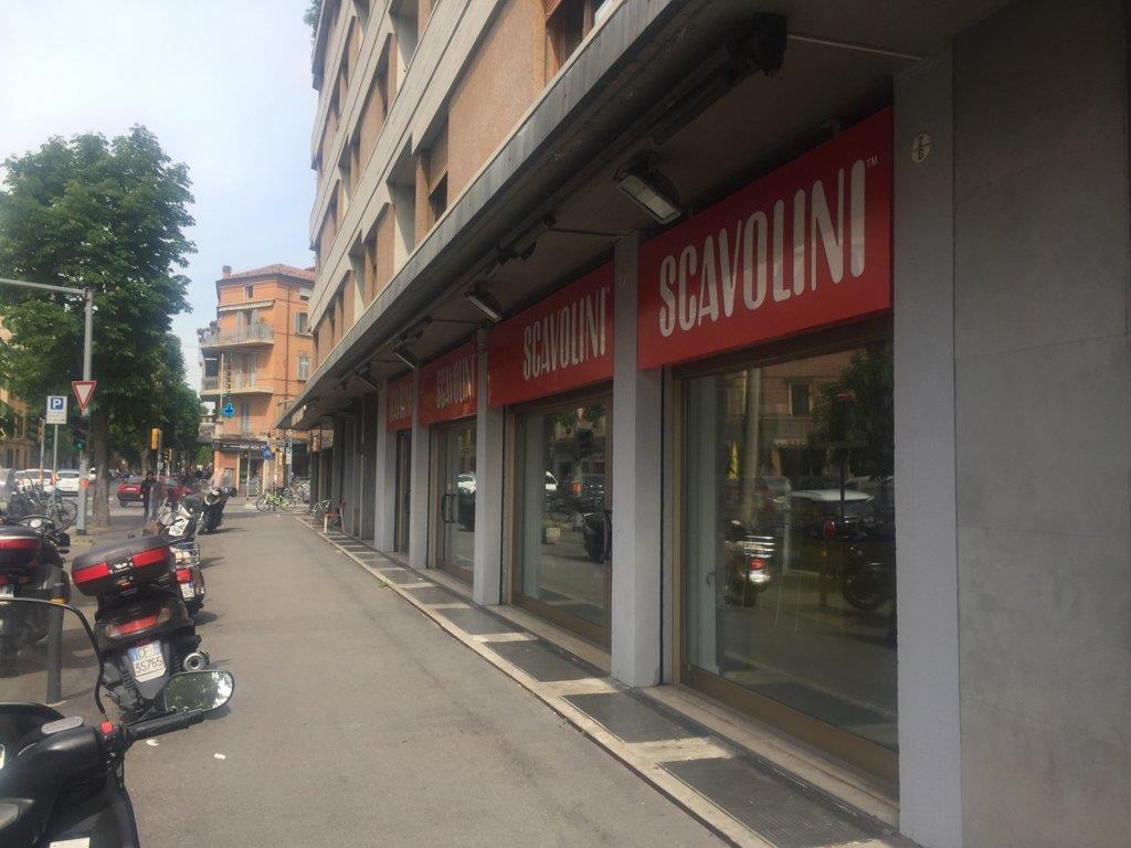Negozio / Locale in vendita a Bologna, 9999 locali, prezzo € 690.000 | Cambio Casa.it