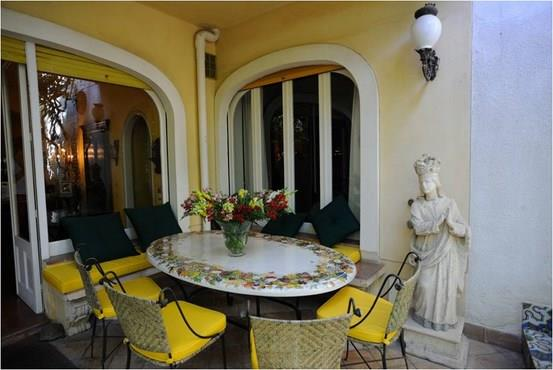 Vendesi prestigioso appartamento a Taormina (ME)