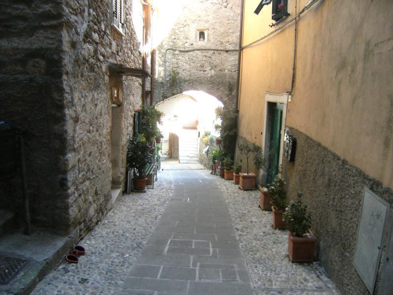 Bilocale Vezzano Ligure  3