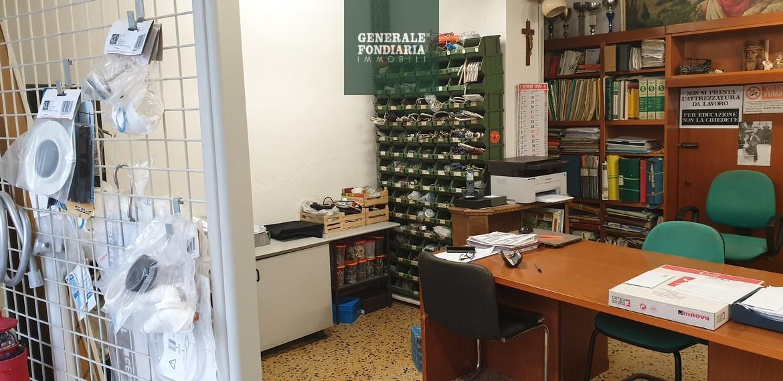 Negozio, 65 Mq, Vendita - La Spezia (La Spezia)