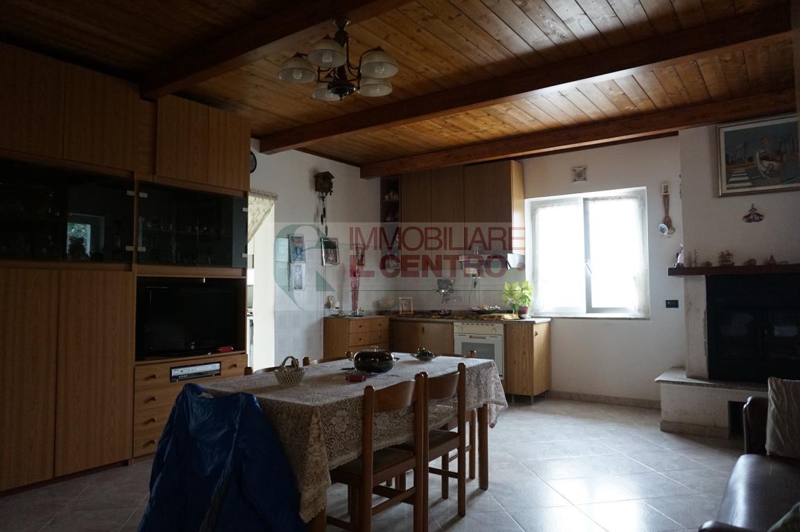 sarzana vendita quart:  il centro immobiliare snc di stefano santi