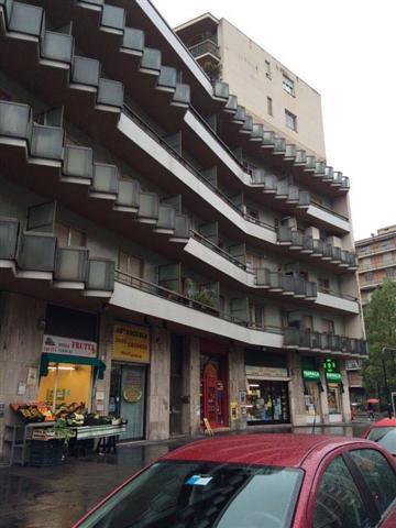 Bilocale Torino Via Eleonora D'arborea 6 1