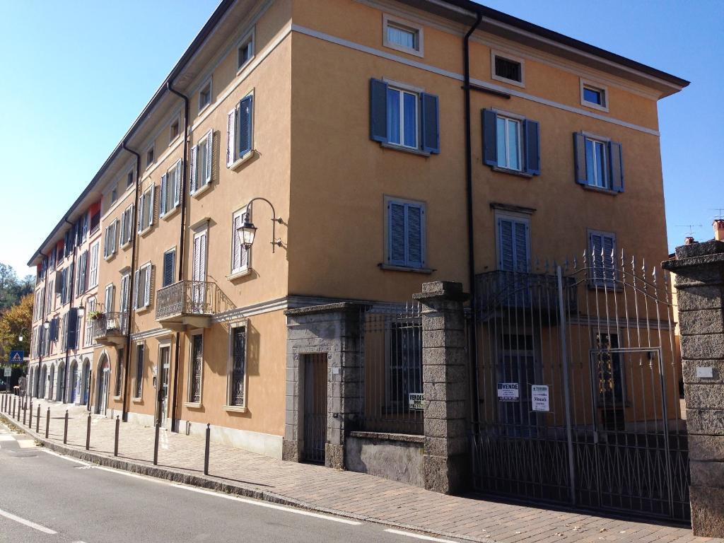 Bilocale Imbersago Via Castelbarco 42 4