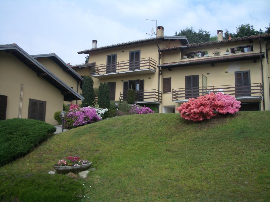 Bilocale Montegrino Valtravaglia Via Gragna 9 1