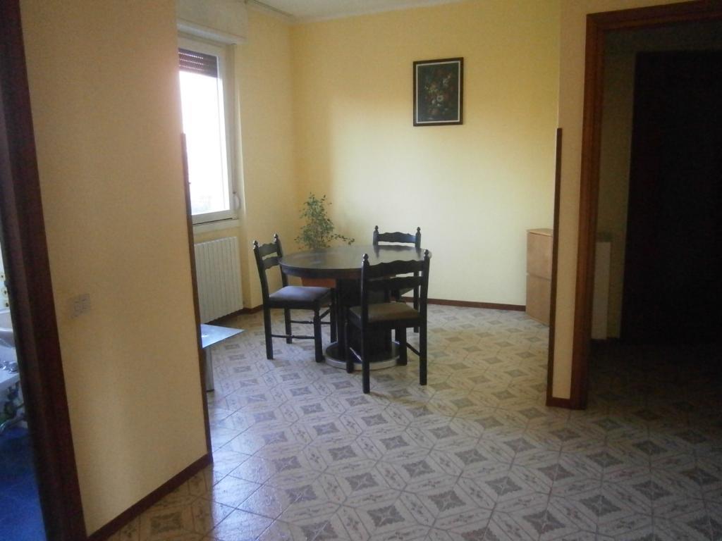 Bilocale Lomagna Via Pascoli 4 3