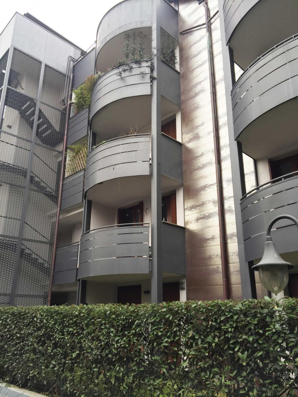 Bilocale Monza Via Cattaneo 14 3