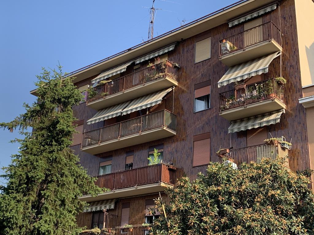 milano vendita quart: certosa world immobiliare srl