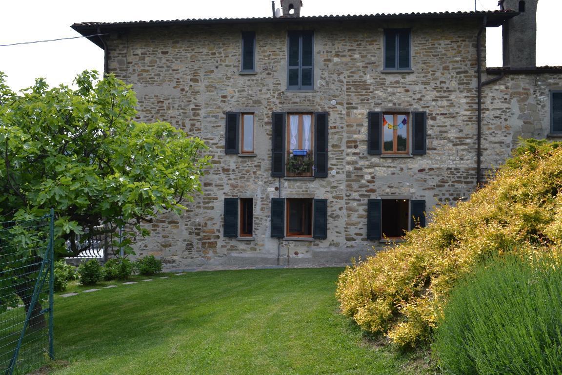 Appartamento in affitto a Pontida, 3 locali, zona Località: Riviera, prezzo € 550 | Cambio Casa.it