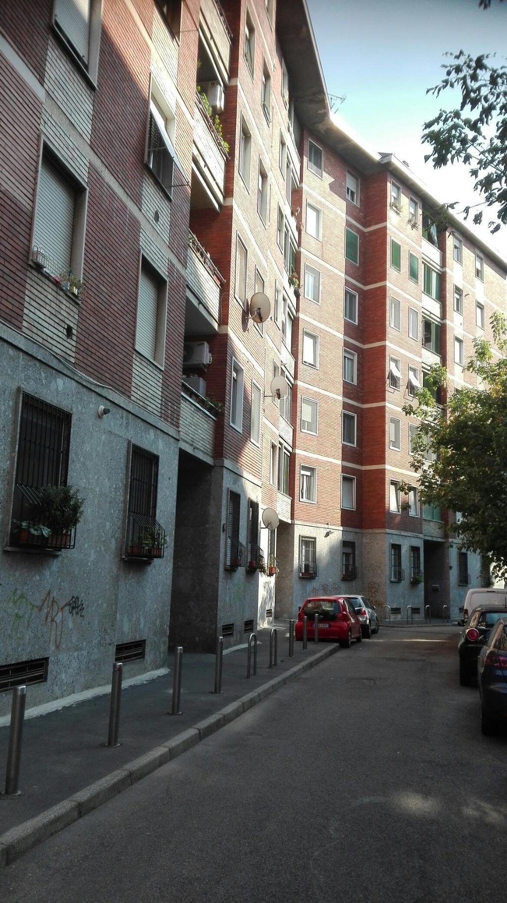 Bilocale Milano Via Del Castagno 4 6