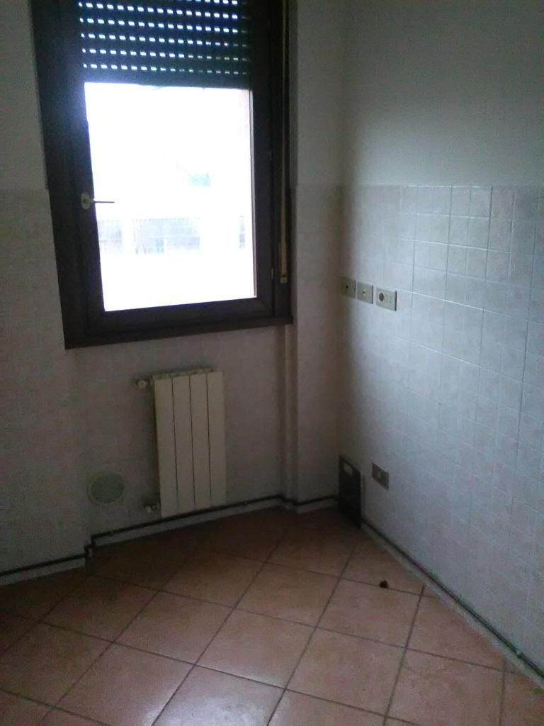 Bilocale Monza Via Bramante Da Urbino 15 4