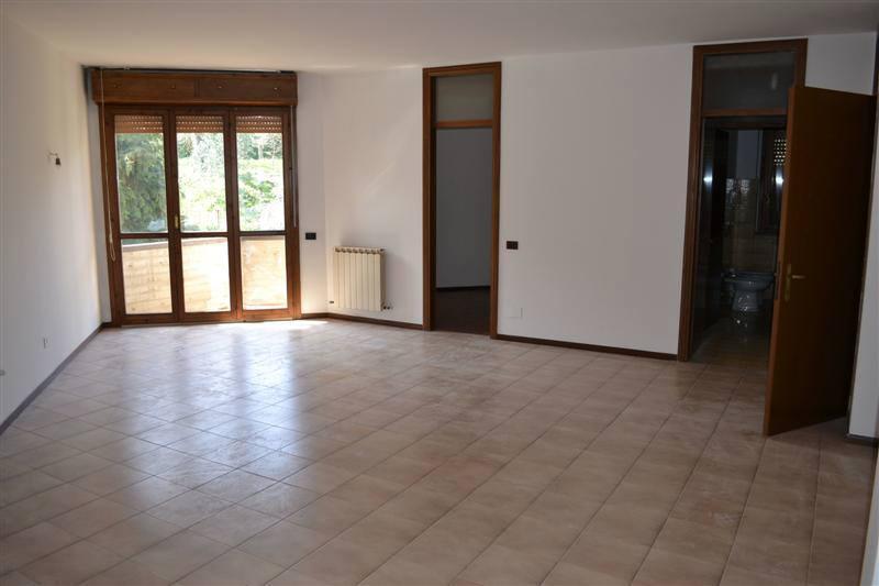 Appartamento in affitto a Galbiate, 3 locali, zona Località: Centro, prezzo € 520 | Cambio Casa.it