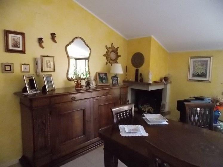 Vendesi attico a Villa Rosa di Martinsicuro (TE)