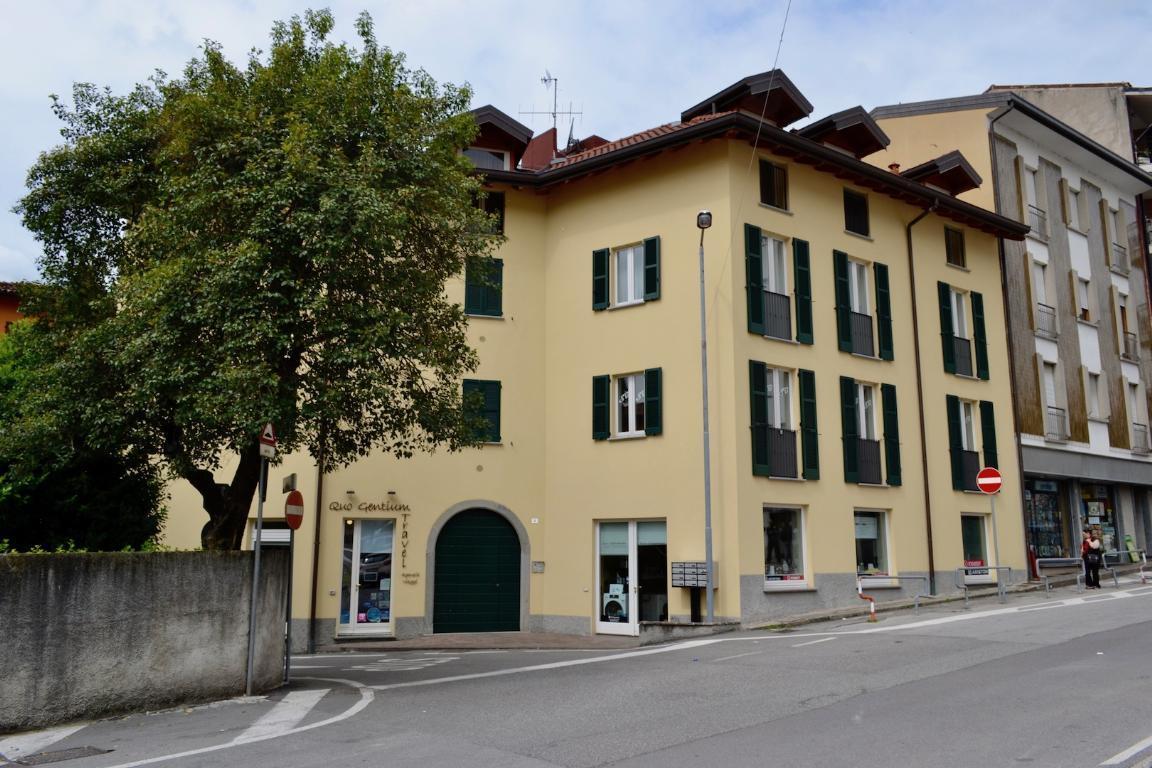 Appartamento in affitto a Calolziocorte, 1 locali, zona Località: centro, prezzo € 380 | CambioCasa.it