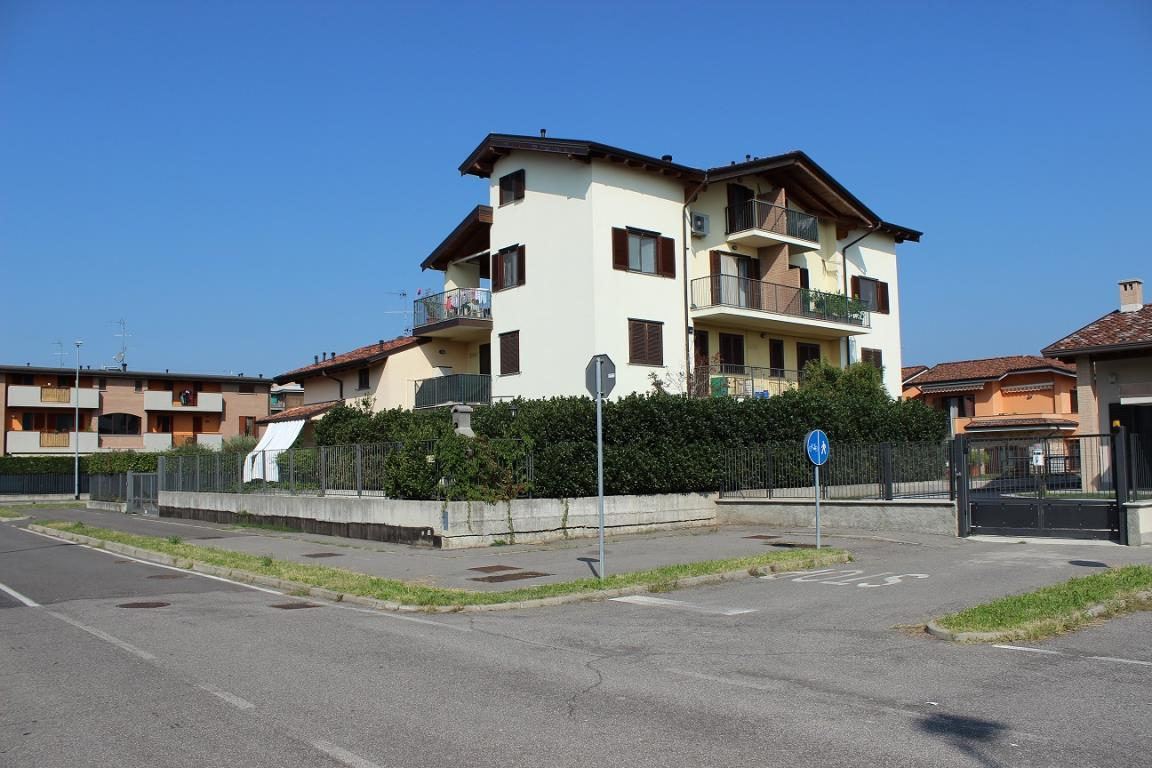 Bilocale Busnago Via Bellini 14 3