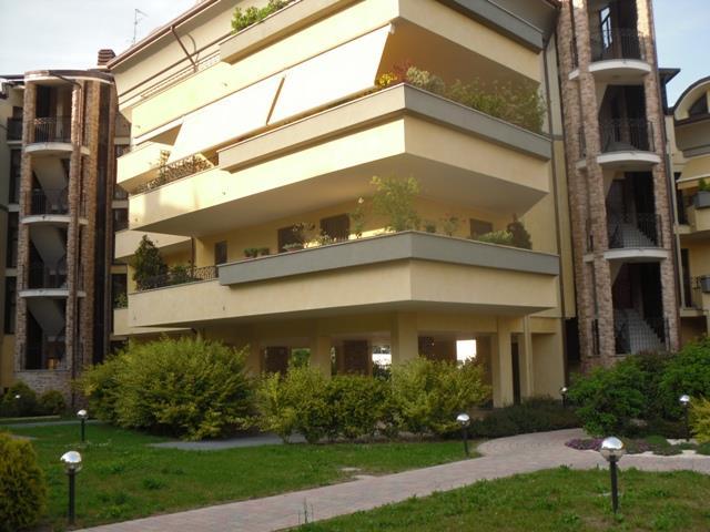 Appartamento in vendita a Muggiò, 2 locali, prezzo € 180.000 | Cambiocasa.it