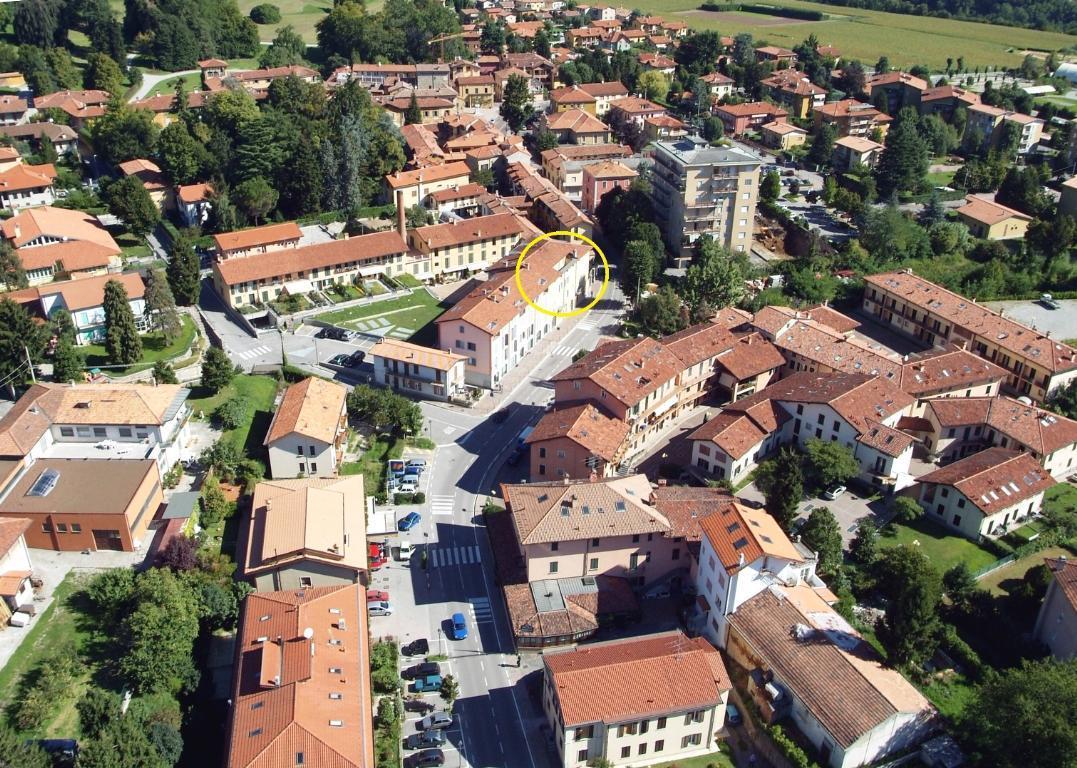 Bilocale Imbersago Via Castelbarco 42 3