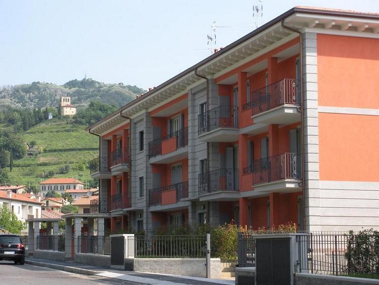 Appartamento in vendita a Sotto il Monte Giovanni XXIII, 3 locali, prezzo € 164.000 | Cambio Casa.it