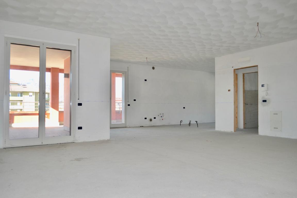 Appartamento in vendita a Villa d'Adda, 3 locali, prezzo € 185.000 | CambioCasa.it
