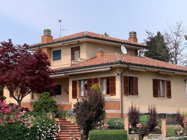 italia vendita quart:  world immobiliare srl