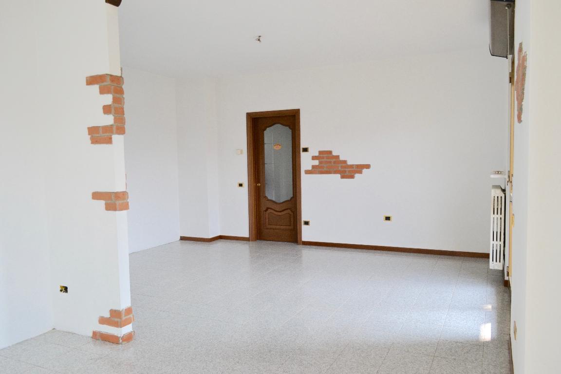Appartamento in Vendita a Ambivere