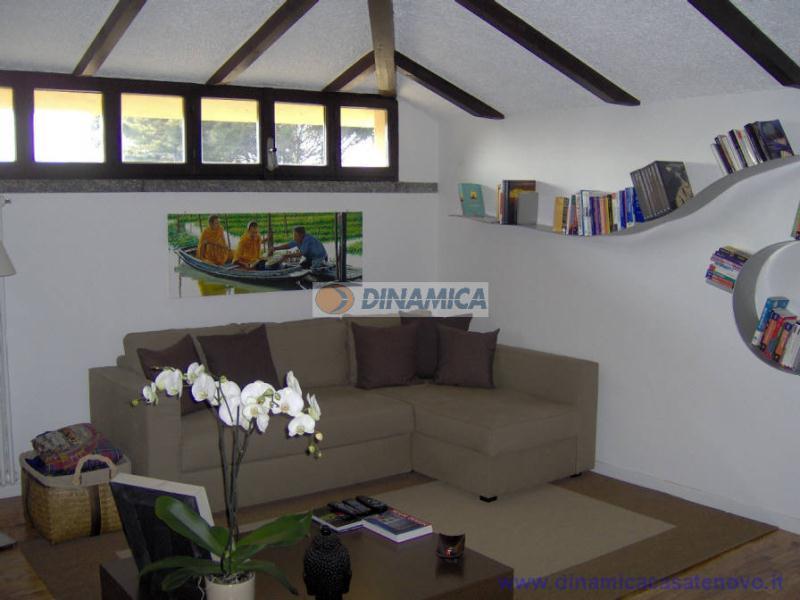 Villa in vendita a Triuggio, 8 locali, zona Località: centro, prezzo € 599.000 | Cambio Casa.it