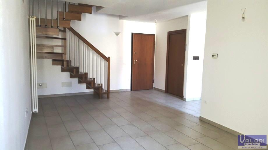 Appartamento in vendita a Castel Bolognese, 3 locali, zona Località: SOPRA VIA EMILIA, prezzo € 98.000 | Cambio Casa.it