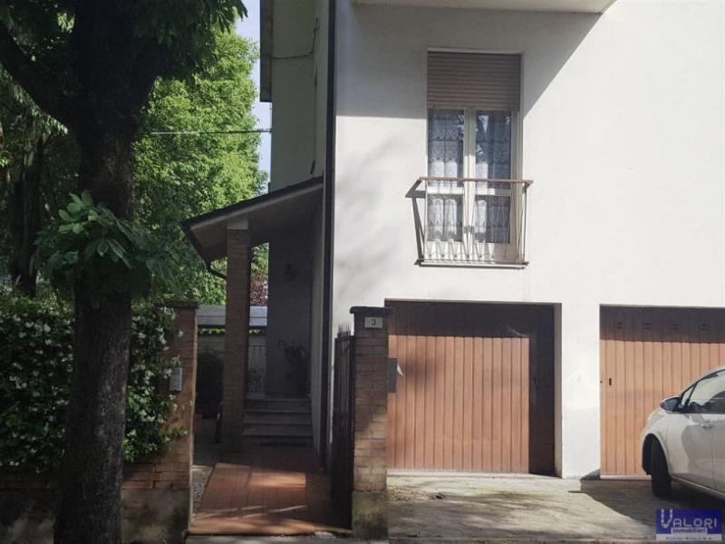Appartamento in vendita a Solarolo, 3 locali, zona Località: CENTRALE, prezzo € 78.000 | Cambio Casa.it