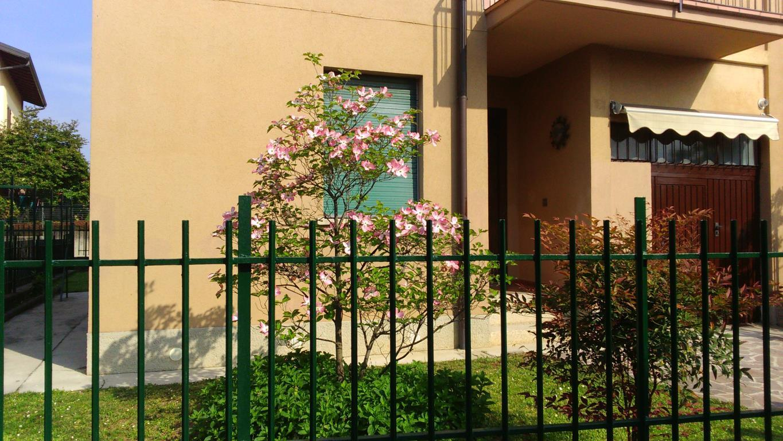 Villa a Schiera in affitto a Casatenovo, 3 locali, zona Località: Frazione, prezzo € 700 | Cambio Casa.it