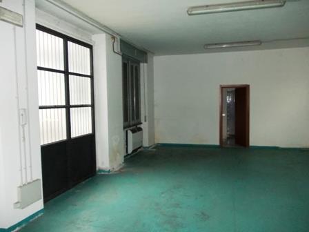 Laboratorio in affitto a Seregno, 1 locali, zona Località: S. Valeria, prezzo € 1.000   Cambio Casa.it