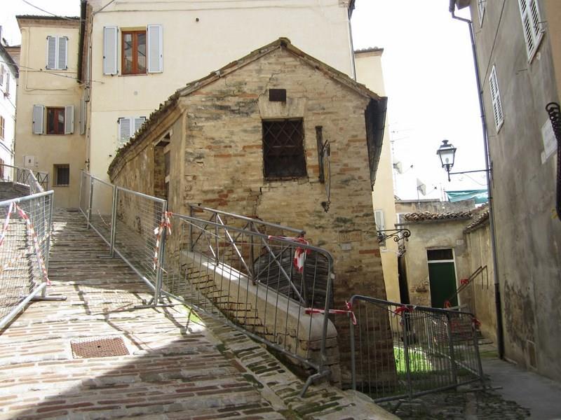Bilocale Fermo Via Spezia 5