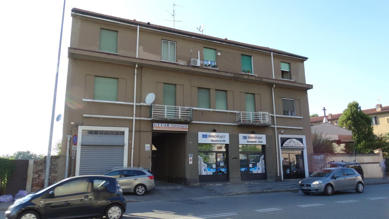 Bilocale Monza Via Borgazzi 144 1