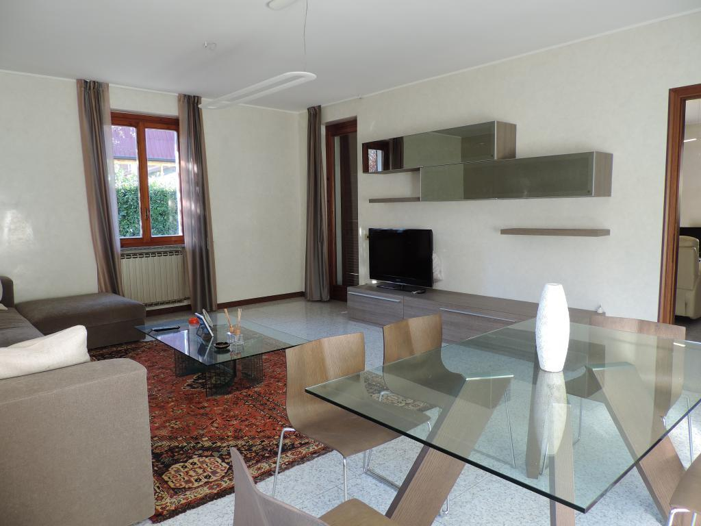 Villa in Vendita a Monte Marenzo