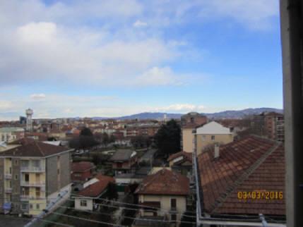 Bilocale Grugliasco Via Gramsci 10