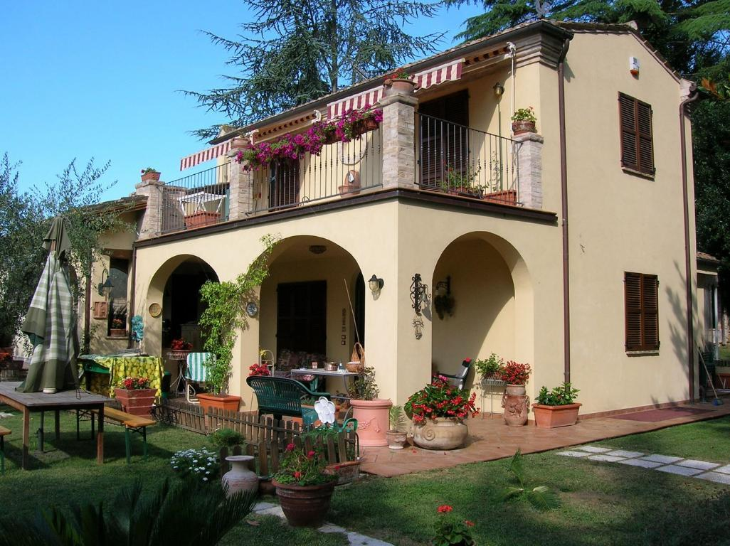Vendesi villa a Cupra Marittima (AP)