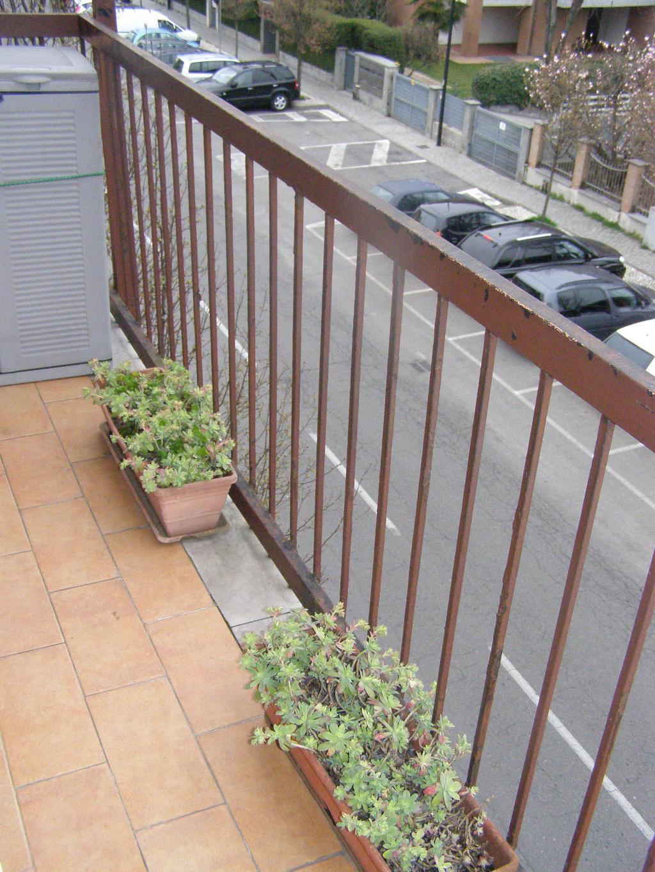 Bilocale Limbiate Via Trieste 120 5