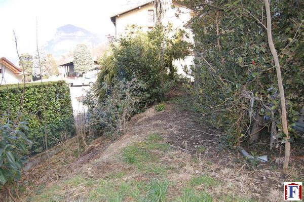 Soluzione Indipendente in vendita a Calolziocorte, 4 locali, zona Località: Periferia, prezzo € 80.000 | Cambio Casa.it