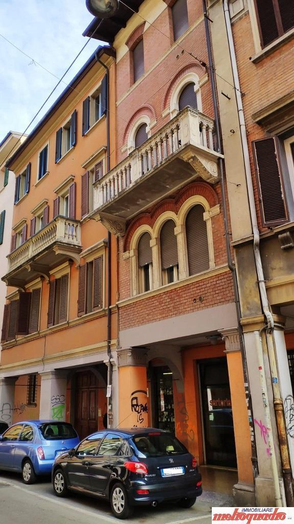 bologna affitto quart: centro storico metroquadro-immobiliare-srl