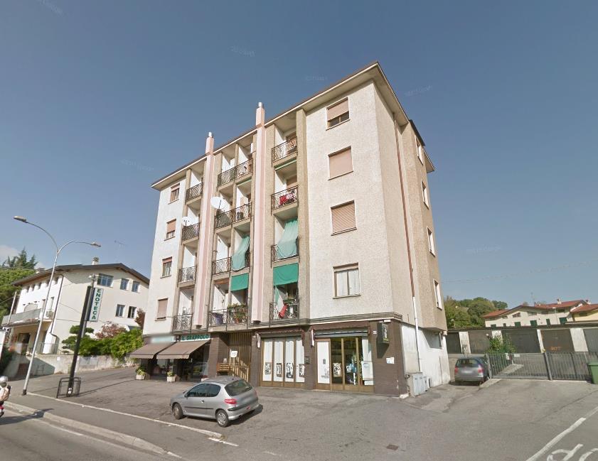 Appartamento in vendita a Merate, 3 locali, zona Zona: Cicognola, prezzo € 108.000 | Cambio Casa.it