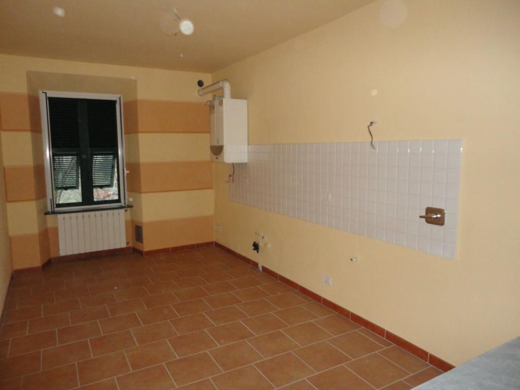 Bilocale Aulla  2