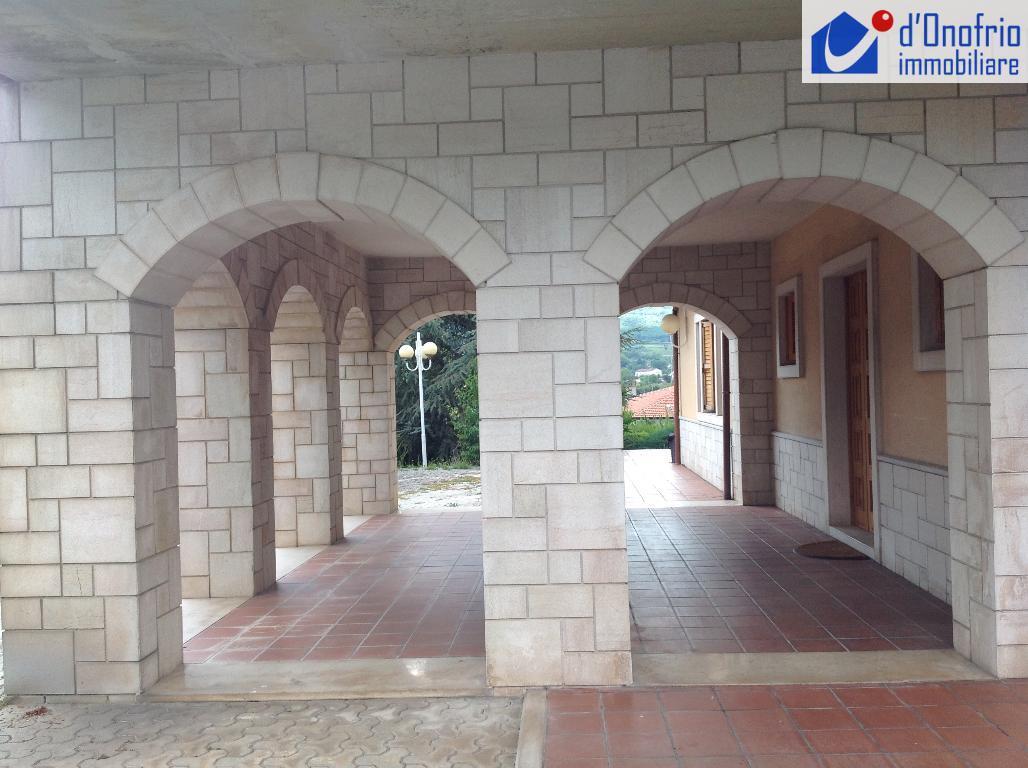 Foto - Villa In Vendita Campobasso (cb)